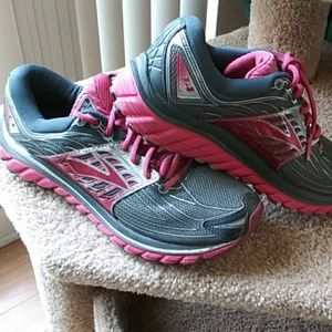 Brooks Glycerin 14 running shoe sz 8 1/2 (B) width